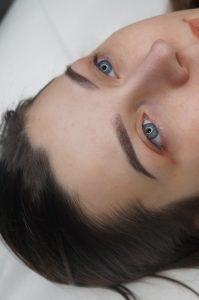 makijaz permanentny brwi